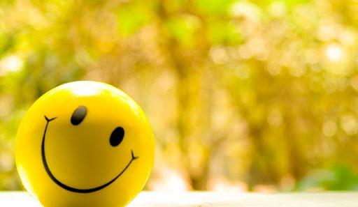 Tersenyum Lah !